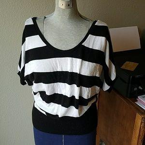 Black white stripes batwing sweater IZ Byer sz L